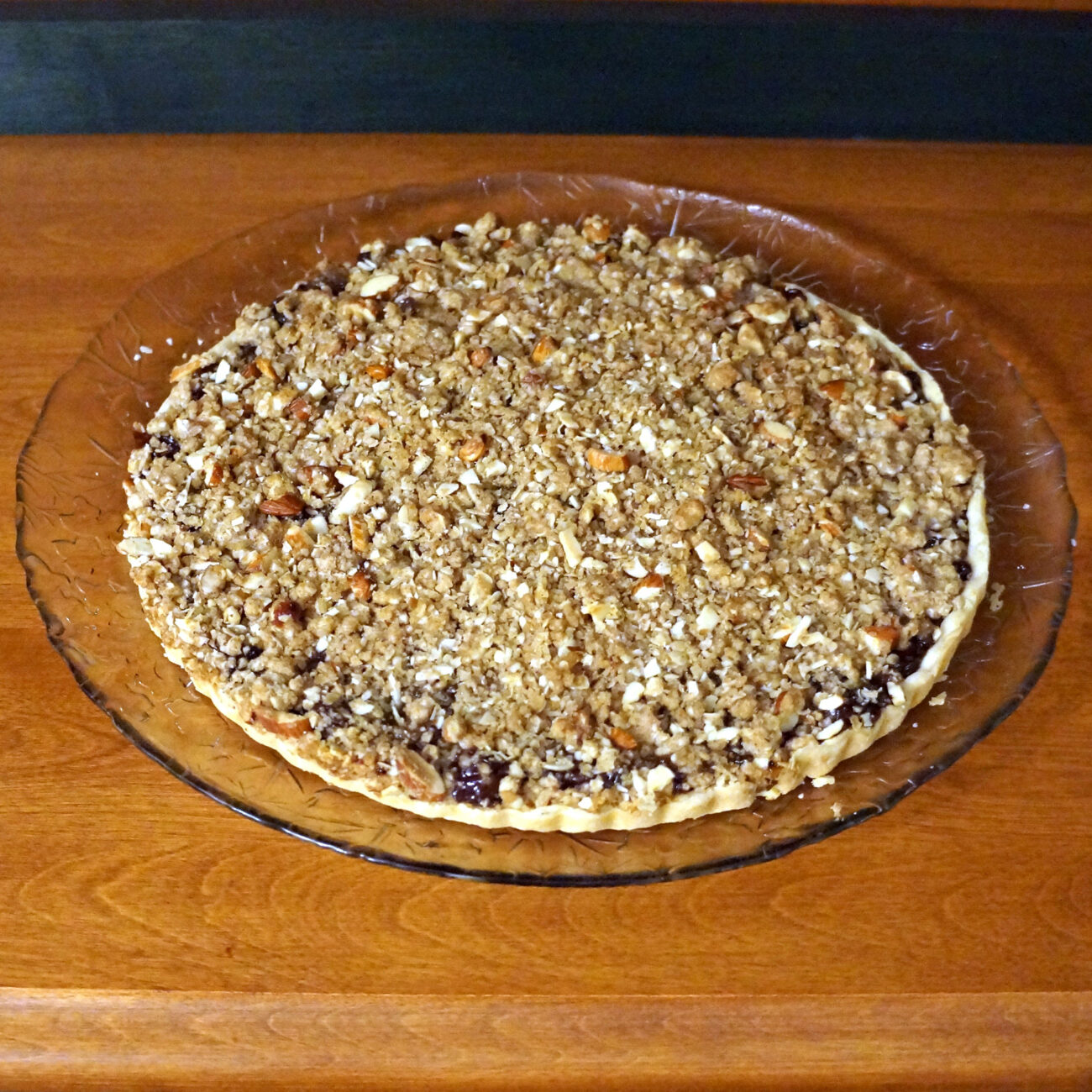 Mincemeat Tart with Oat Crumble Topping