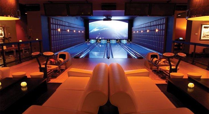 Lucky Strike LA Live Luxe Lounge