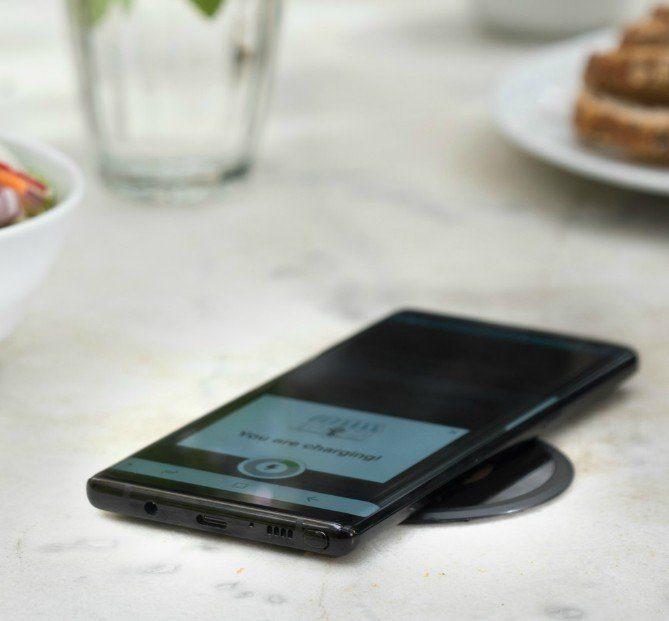 用于无线充电的Android手机