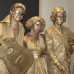Hollywood-Statues2-1024x536