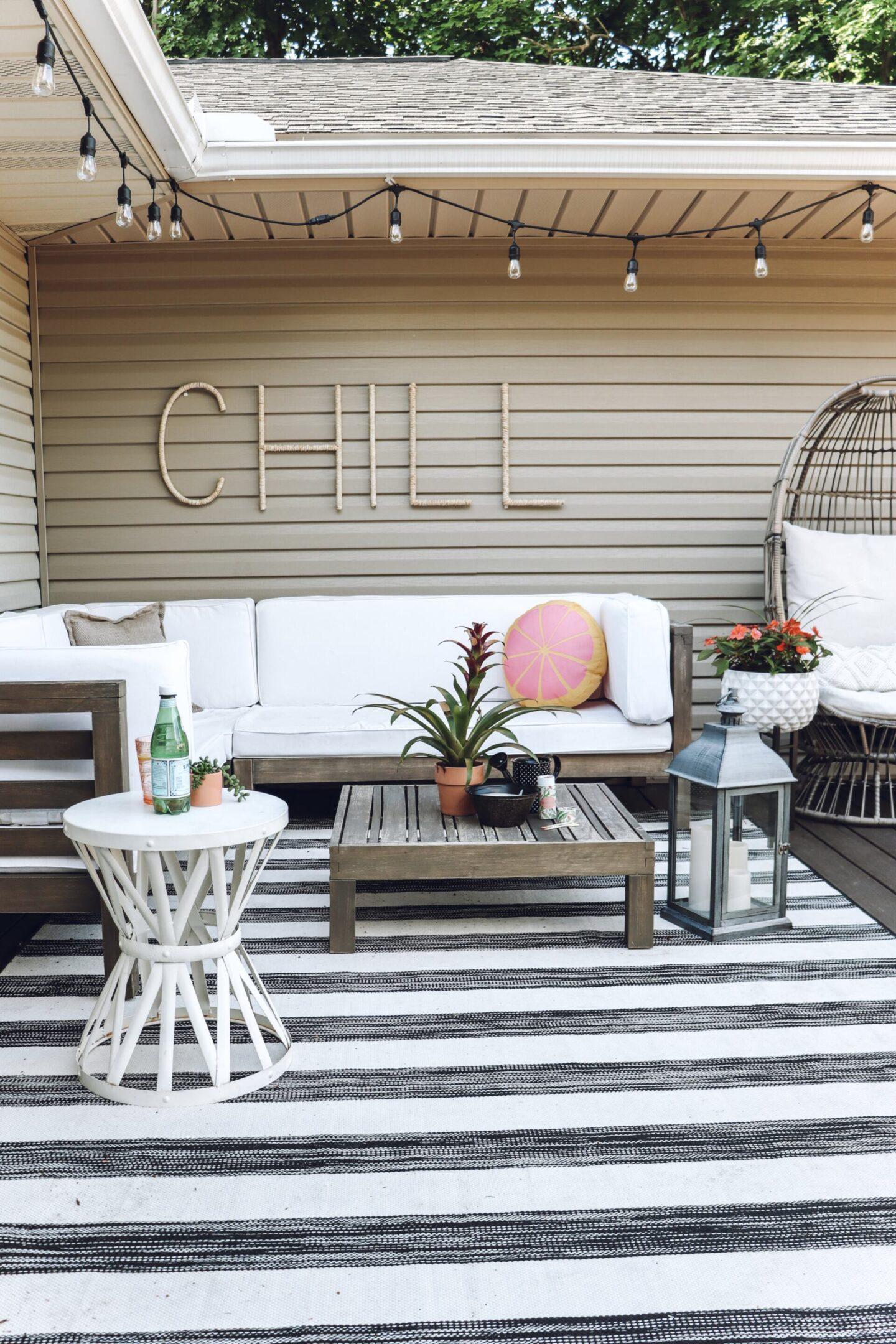 Deck decor