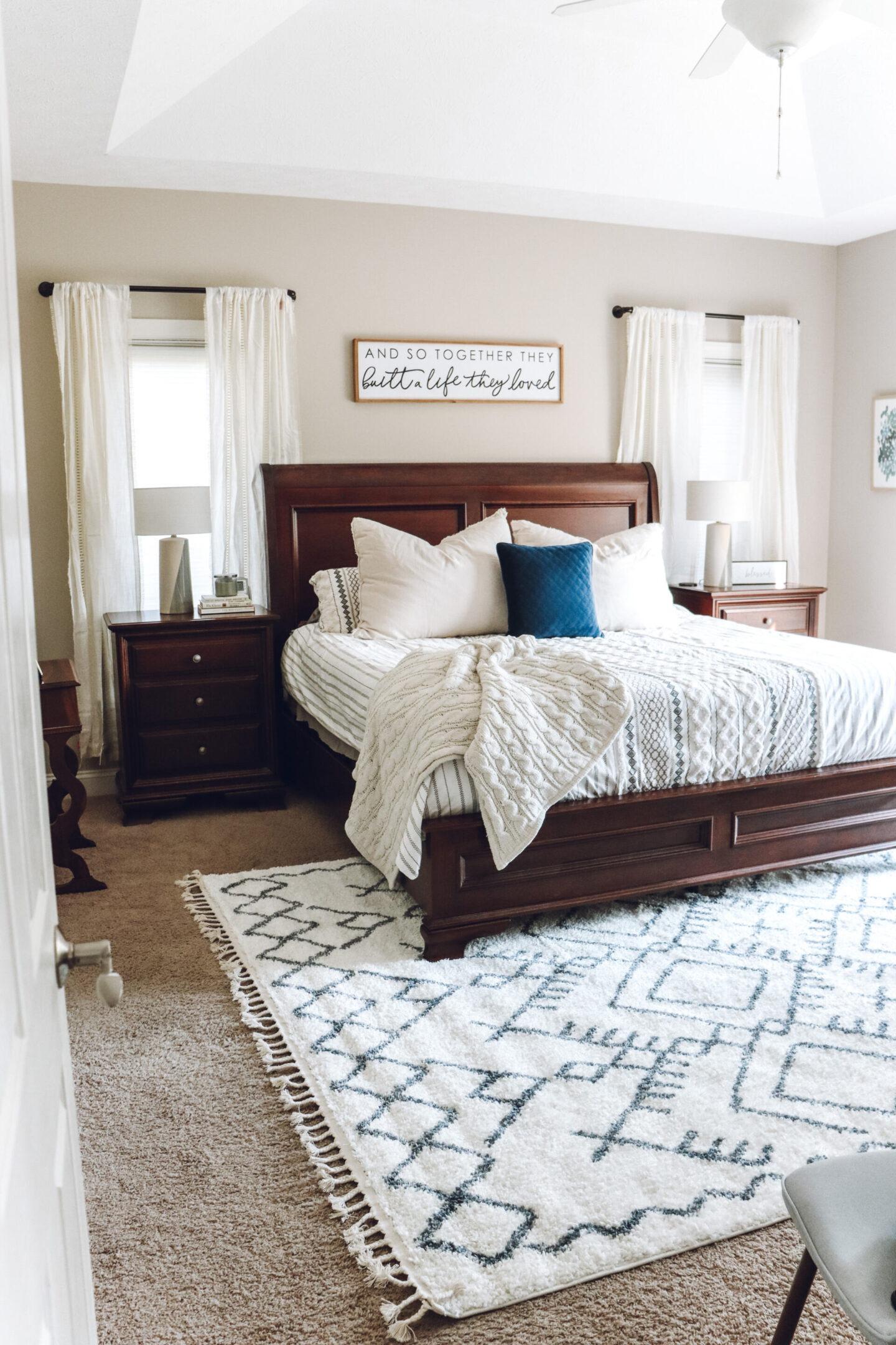 traditional master bedroom decor