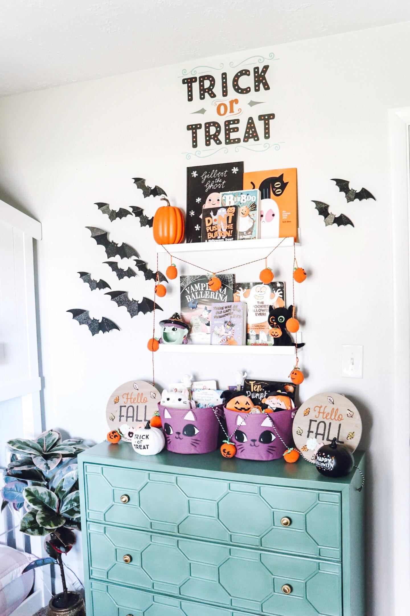 kids halloween decor