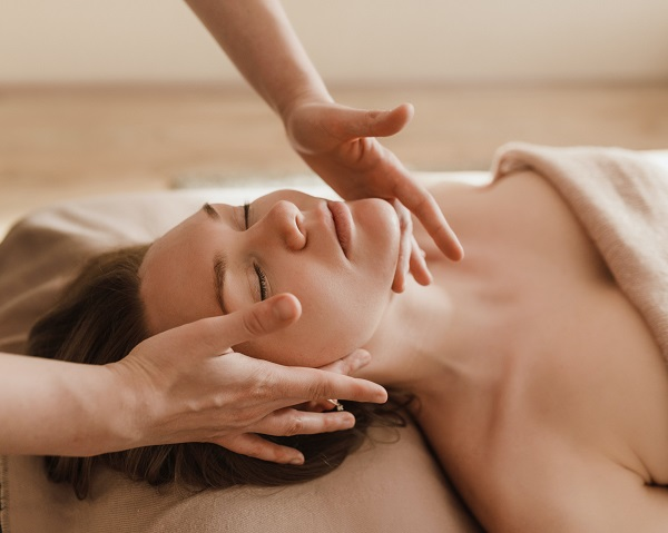 Newcastle skin treatments and customised facials