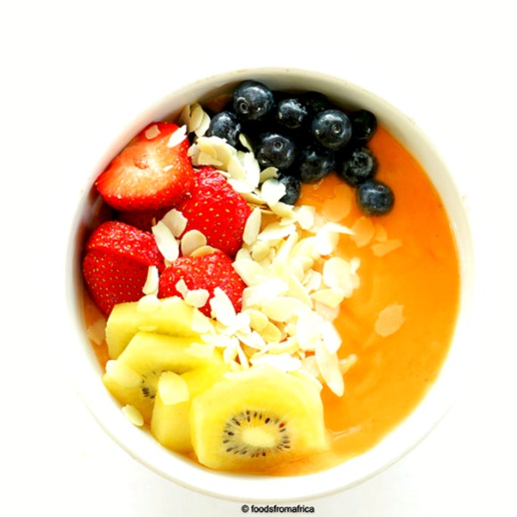 papaya-and-fonio-smoothie-bowl
