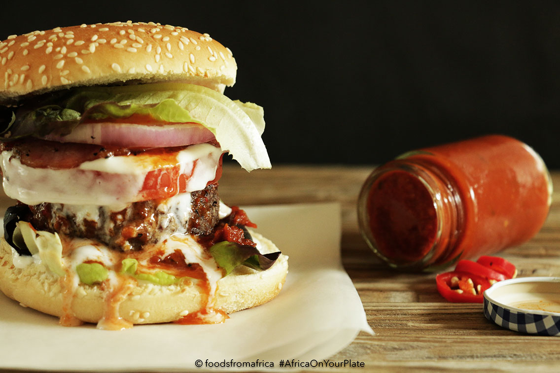 classic+beef+burger+with+african+hot+pepper+sauce.jpgclassic+beef+burger+with+african+hot+pepper+sauce