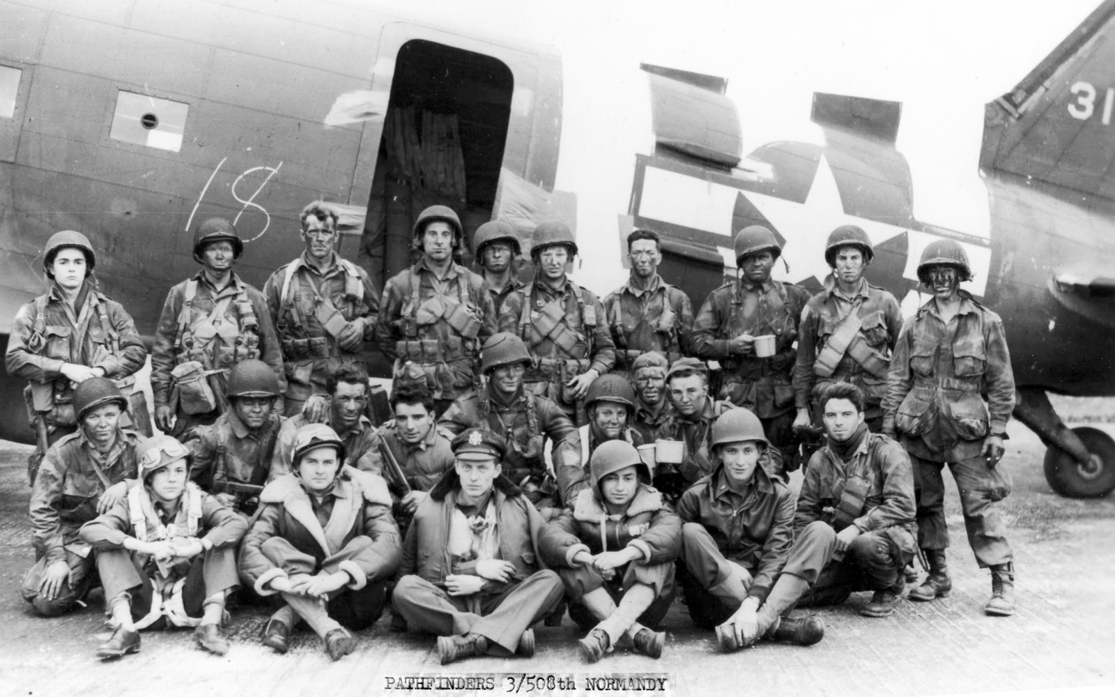 dday_pathfinders18_copy-1573436074
