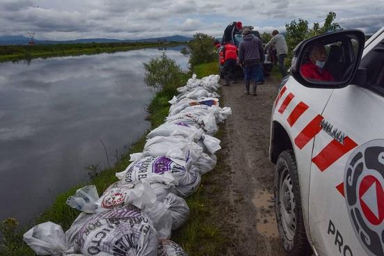 Conagua Realiza Trabajos en las Zonas de Rebase de Agua en el río Lerma