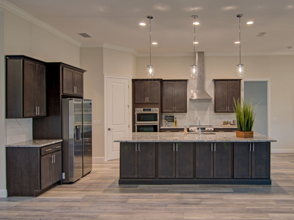 """<span  class=""""uc_style_uc_tiles_grid_image_elementor_uc_items_attribute_title"""" style=""""color:#ffffff;"""">kitchen3</span>"""