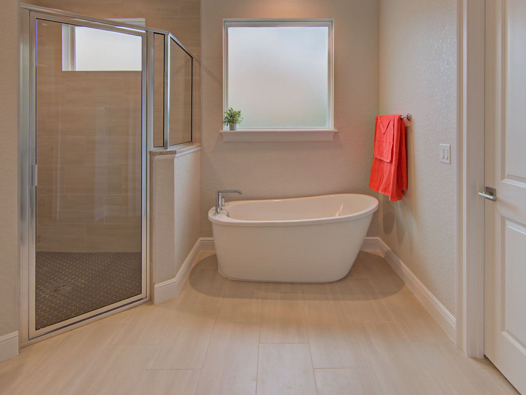 """<span  class=""""uc_style_uc_tiles_grid_image_elementor_uc_items_attribute_title"""" style=""""color:#ffffff;"""">master bath 3</span>"""