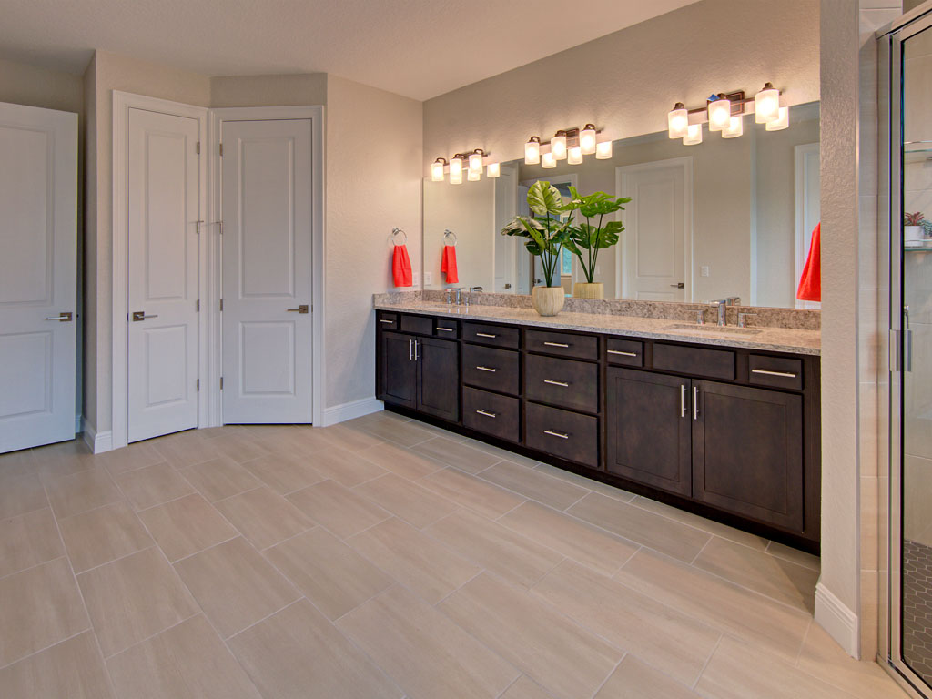 """<span  class=""""uc_style_uc_tiles_grid_image_elementor_uc_items_attribute_title"""" style=""""color:#ffffff;"""">master bath</span>"""