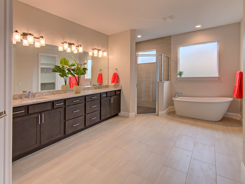"""<span  class=""""uc_style_uc_tiles_grid_image_elementor_uc_items_attribute_title"""" style=""""color:#ffffff;"""">master bath2</span>"""