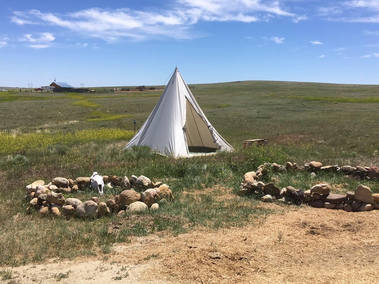 teepee-camping-lodge-buffalo-wy