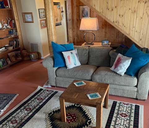rustic-lodge-retreat-buffalo-wyoming