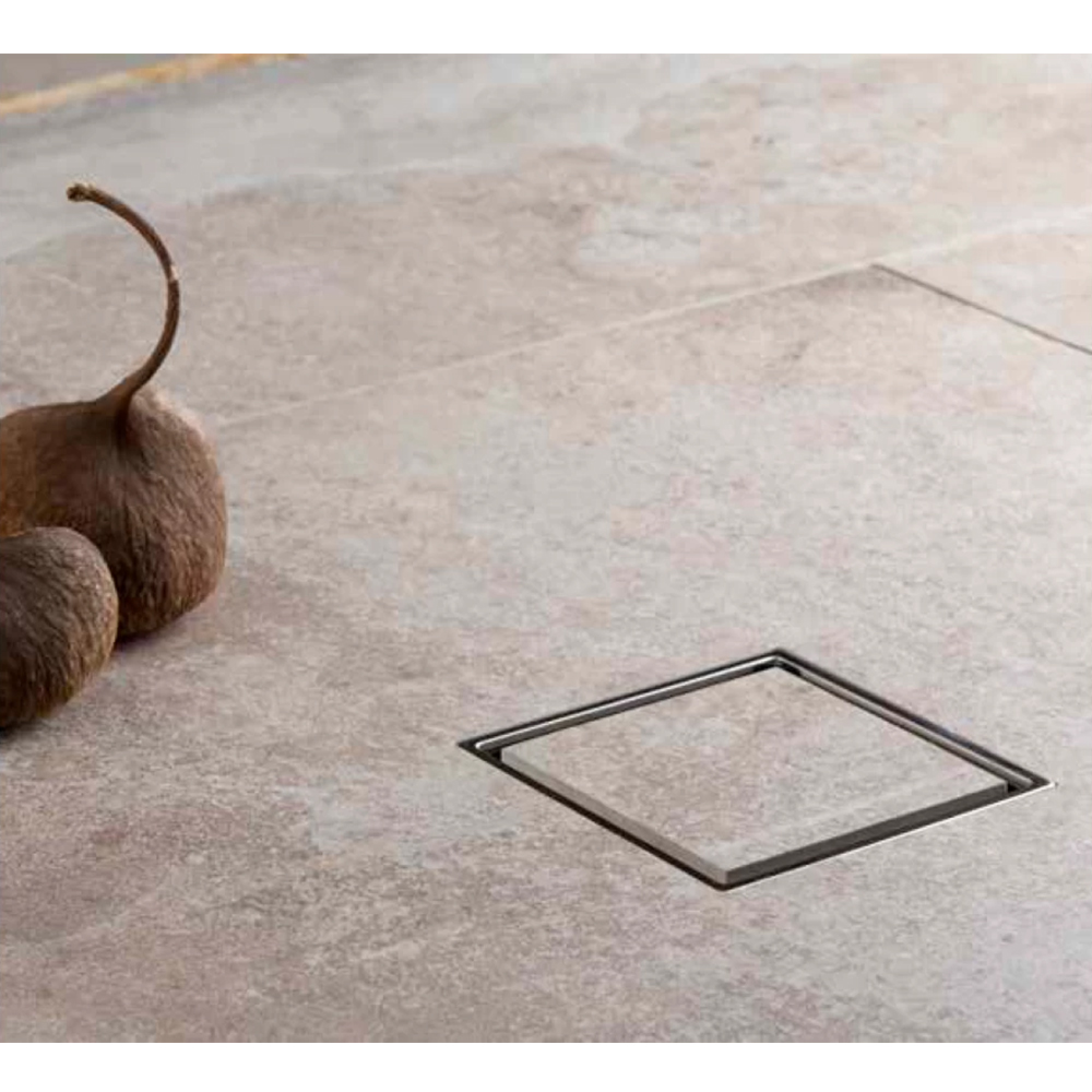 Confluo Ceramic 4 Large Horizontal Outlet Shower Drain, 15x15cm #13000088