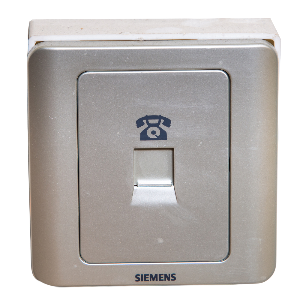 Siemens: Telephone Outlet 1