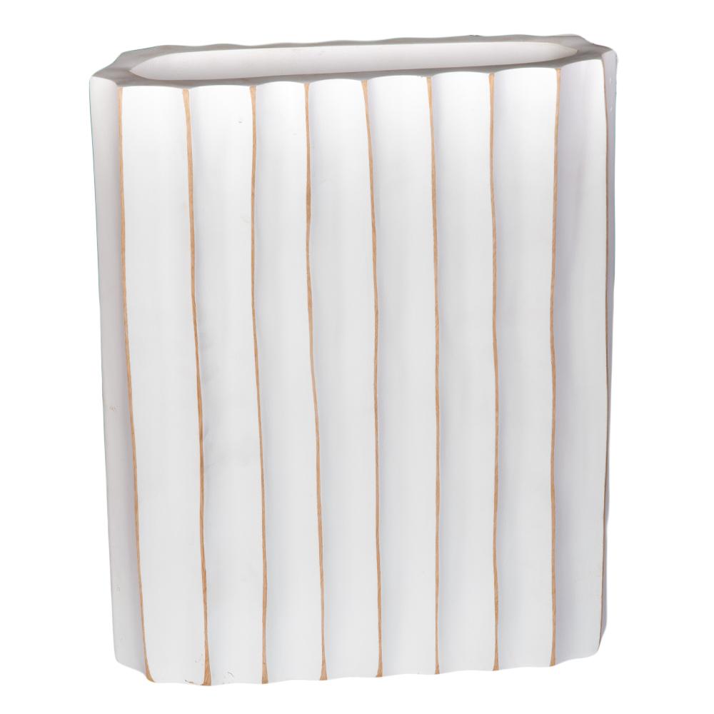 TYL: Wooden Vase; 20.32×30