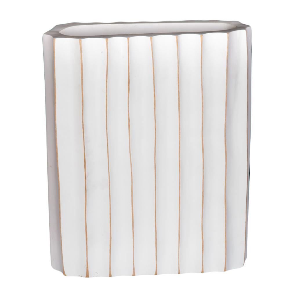TYL: Wooden Vase; 20.32x30.48cm #JM-02B