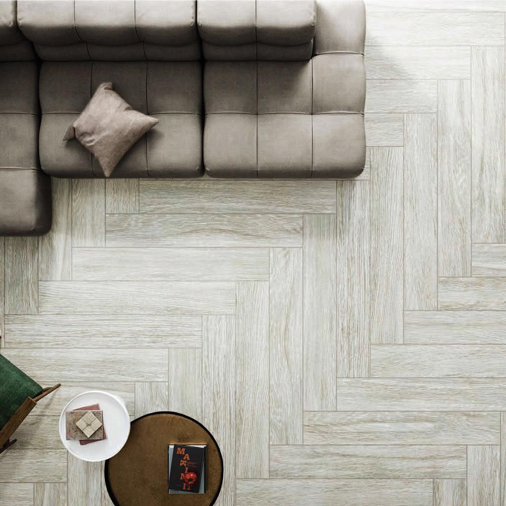 Q159011: Matt Porcelain Tile (15.0x90.0)cm