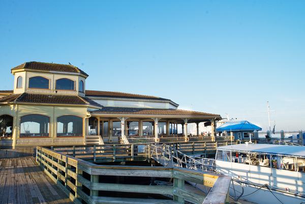 Waterfront restaurant in harbor downtown Amelia Island