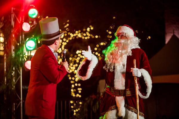 Santa at Dickens on Centre