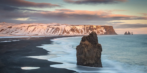Iceland land of contrasts to Photograph