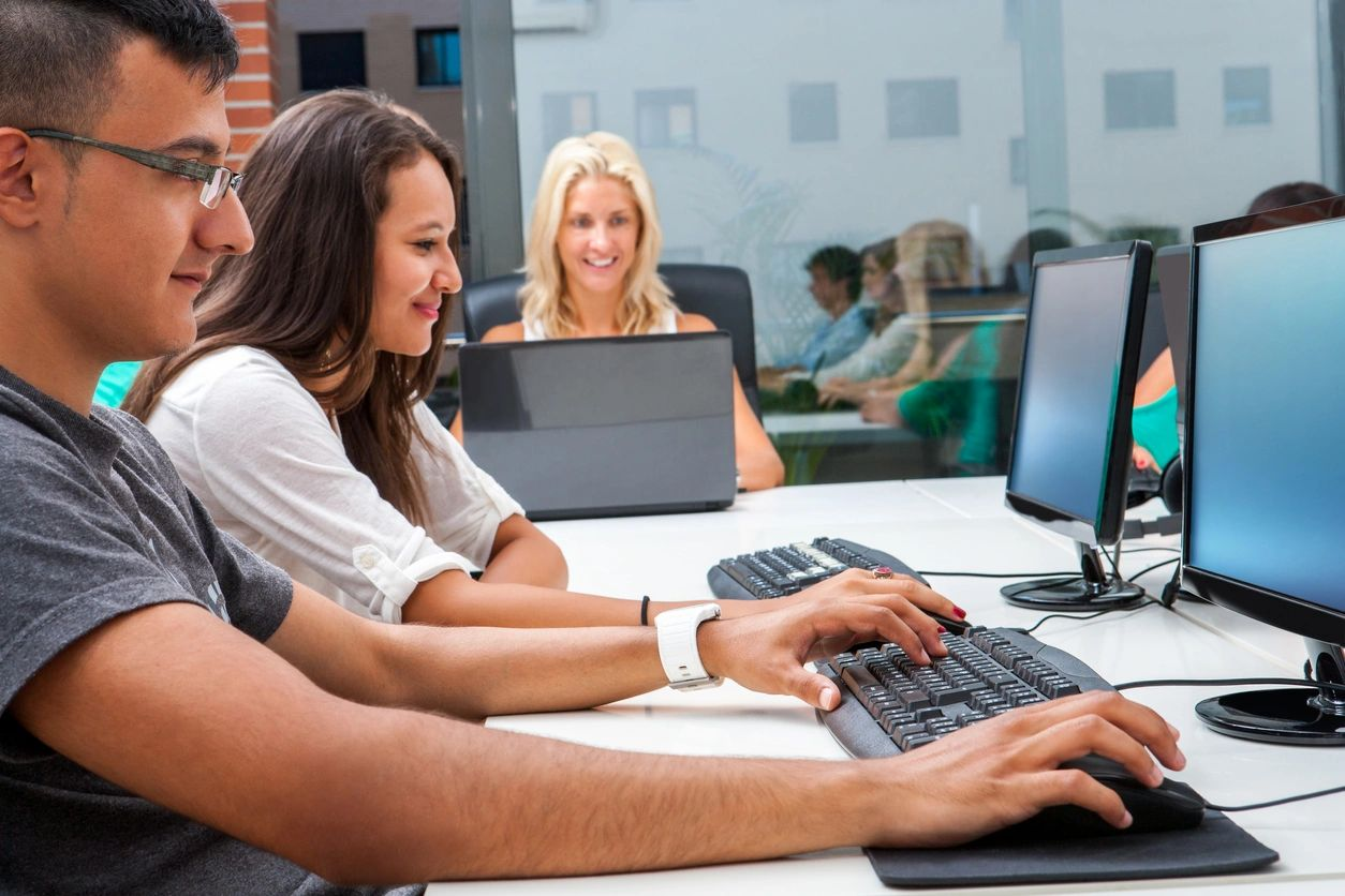 How eLearning Can Build Your Team Up