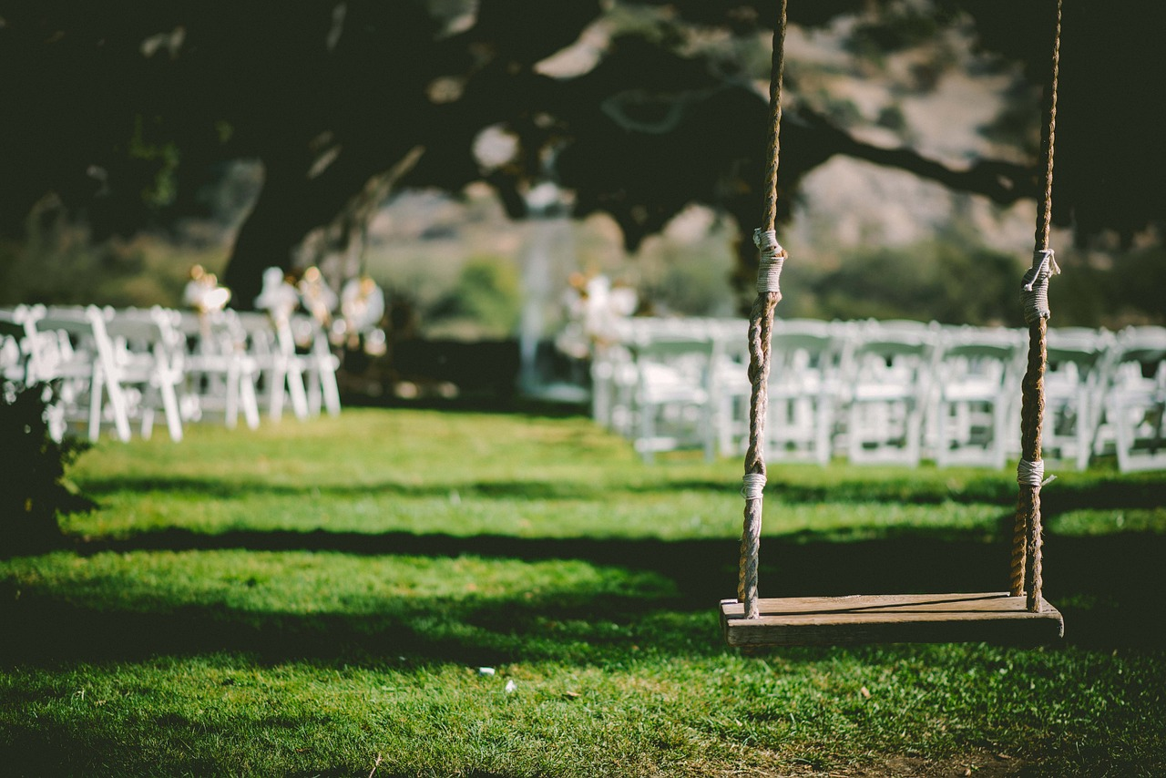 5 Summer Wedding Ideas You Will Want at Your Wedding!
