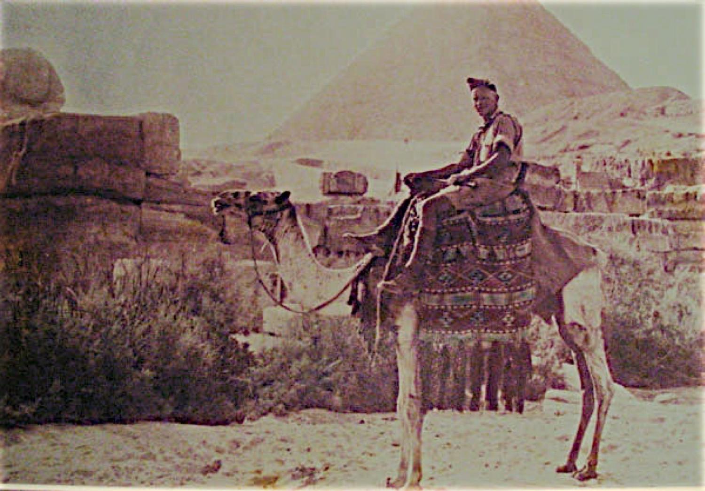 Sgt. Robert Otterson as tourist, Cairo 1942.