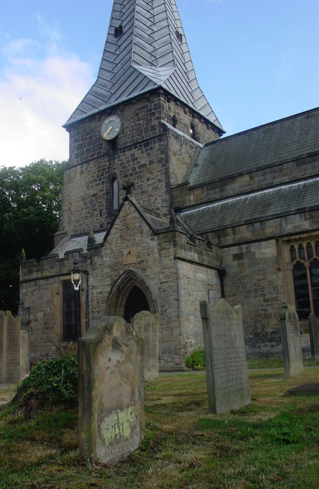 England - Durham - Ryton village - Holy Cross Church 2 (1)