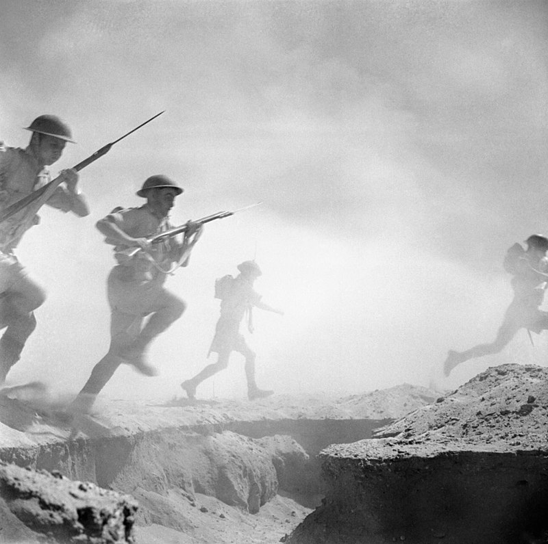 British soldiers attacking at El Alamein, 1942