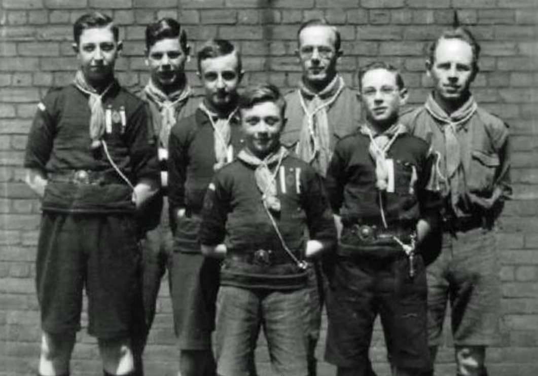 Washington Terrace scouting group, with 3 Otterson boys