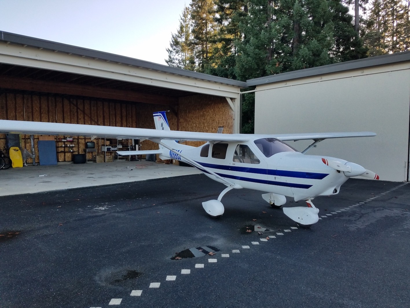 Jabiru J250-SP CA Outside Right