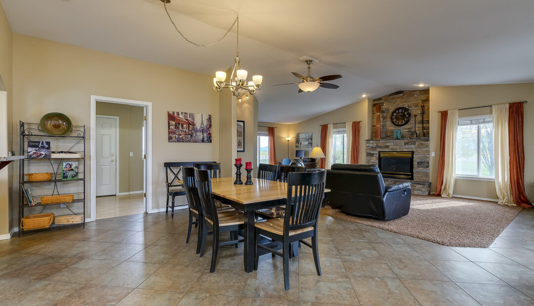 7132 E GRETA AVE POST FALLS IDAHO REAL ESTATE HOME FOR SALE FORMAL DINING ROOM ONE