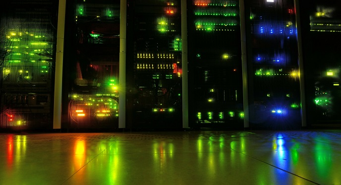 server-90389_1920 v2