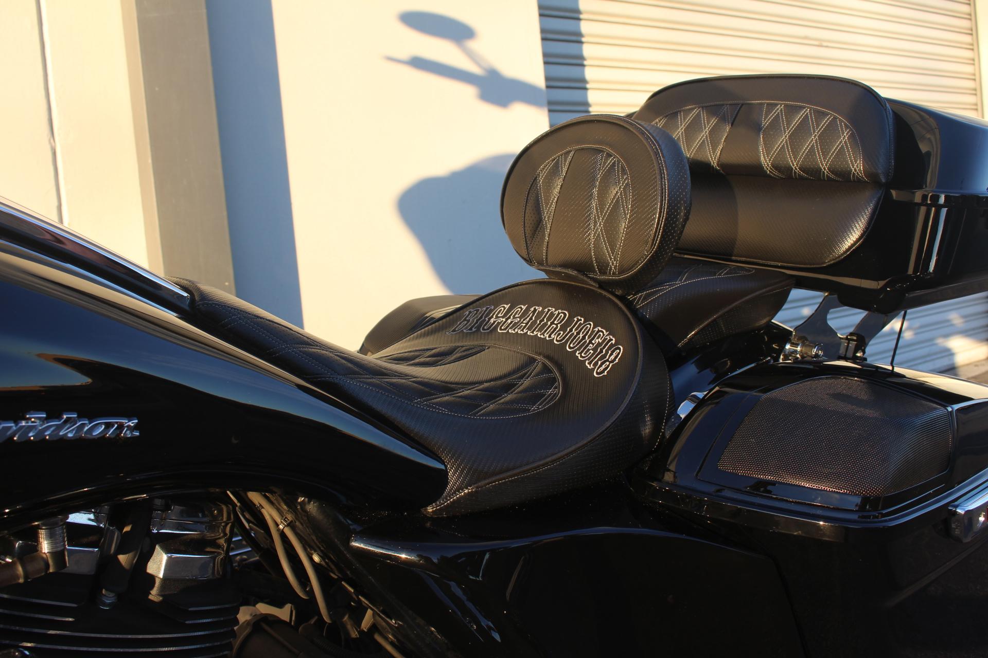 Motorcycle Driver impact Gel Pad Seat for Harley Davidson Street Glide Models