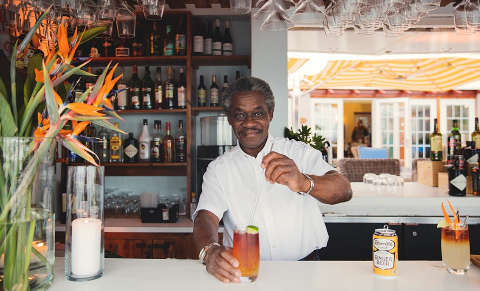 bermuda bartender making a dark and stormy