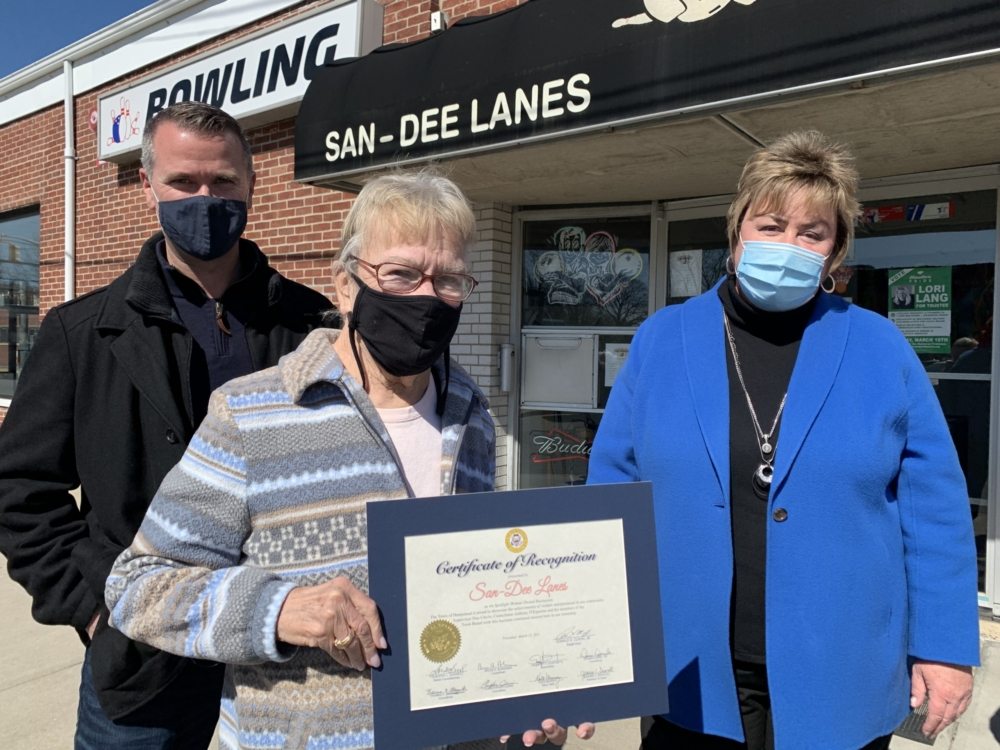 Kathy Ribaudo Recognized for San-Dee lanes' 33 years in business! Congratulations Kathy!