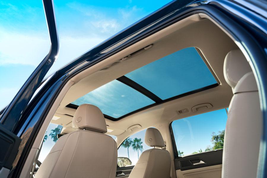 atlas-interior-sunroof