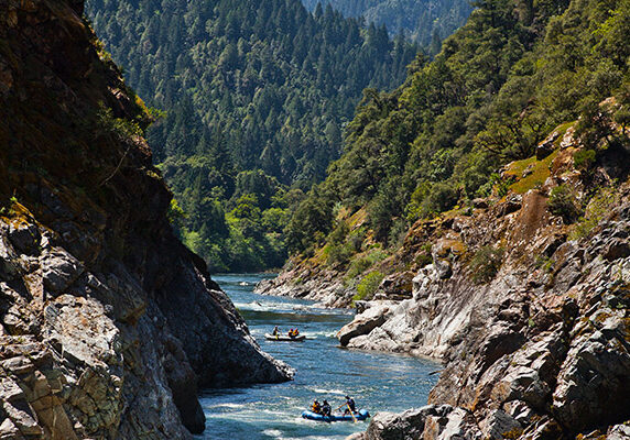 cal-salmon-river-canyon-scenery