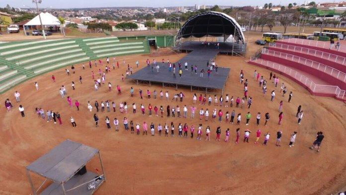 Espetáculo de abertura do Fefol terá 400 participantes