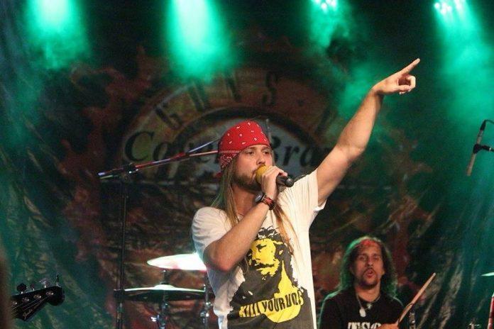 Cover oficial do Guns'n Roses se apresenta no Boemia Butiquim
