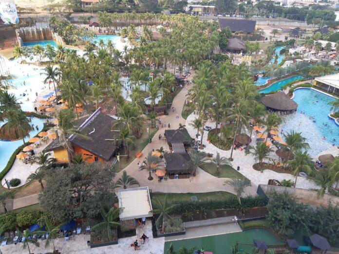Parque aquático Hot Beach Olímpia