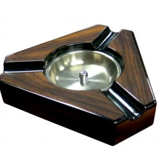 TRIANGULAR LACQUER ASHTRAY
