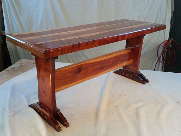 Italianate Double Trestle, Tiger Eye Redwood