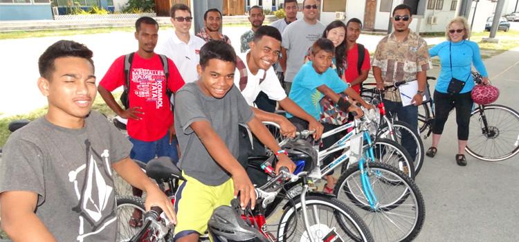 Bikes new Baninnur Club donation