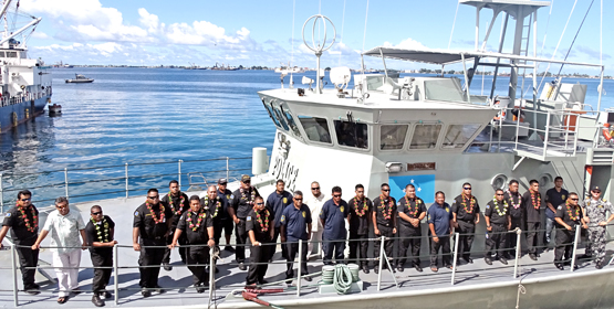 FSM helps patrol RMI waters