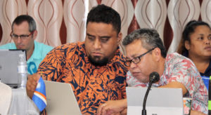 Outgoing PNA Chairman Glen Joseph (right), who directs the Marshall Islands Marine Resources Authority, consults with MIMRA Legal Advisor Laurence Edwards, II, during the PNA Officials meeting on Nauru recently. Photo: Rebecca Lathrop.