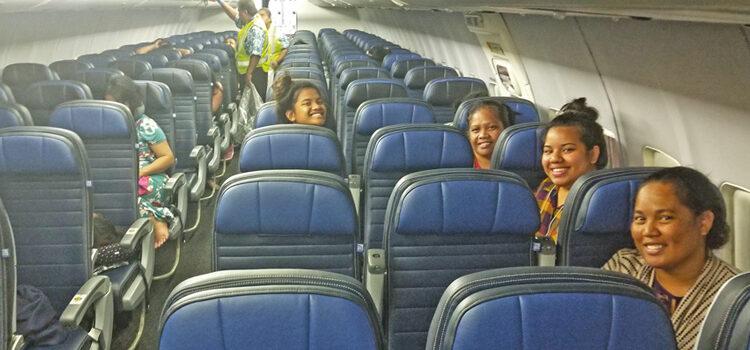 United aborts Majuro flight after engine fire