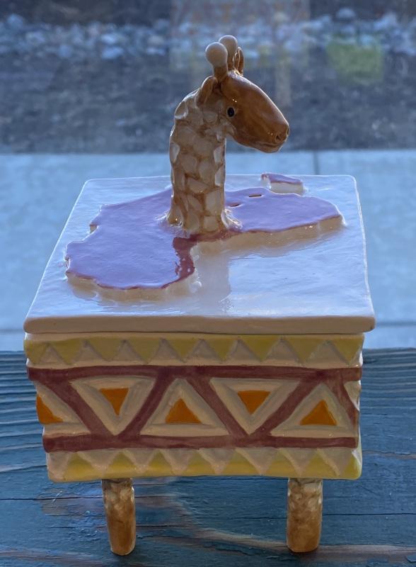 Giraffe Box (Ceramic)